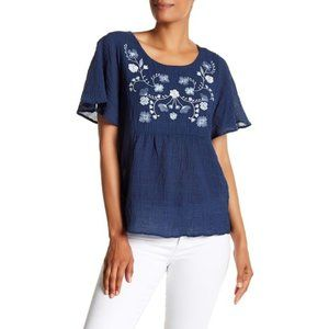 VINCE CAMUTO Floral Embroidered Ruffle Sleeve Top